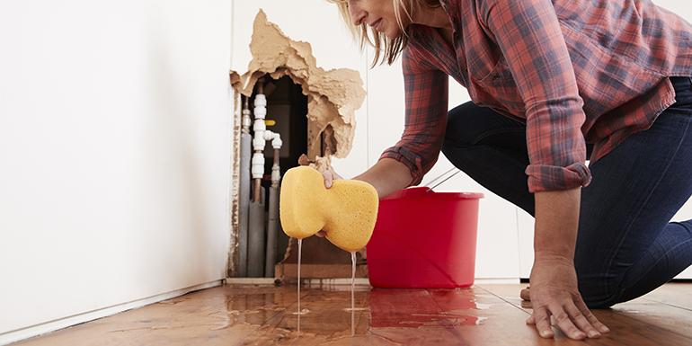 10 Most Common Plumbing Emergencies | Mr. Rooter