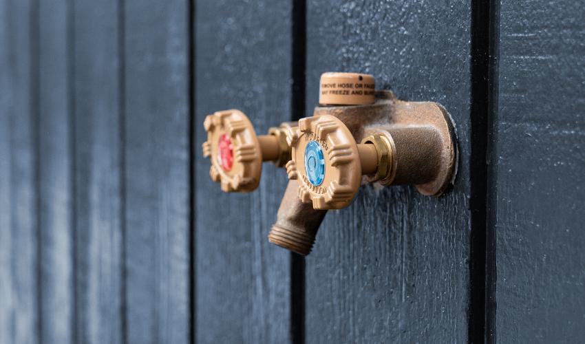 image showing outdoor hose bib