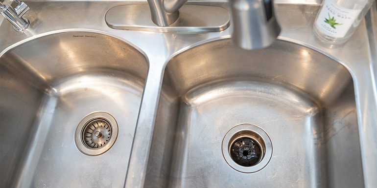 Why Does My Kitchen Drain Smell Bad | Dandk Organizer
